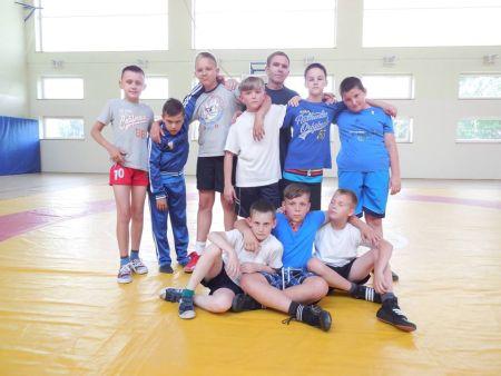 Polish Snail Holding wspiera młodych, elbląskich sportowców