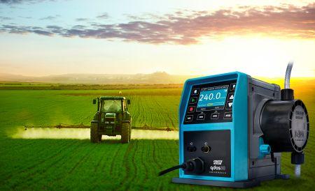 Pompa dozująca Qdos zasilana napięciem 12-24V zwiększa możliwości zastosowań mobilnych