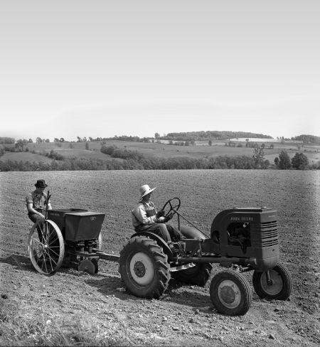 100 lat ciągników John Deere – czyli jak kowal wizjoner zbudował fundamenty światowej korporacji