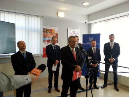 Startują powszechne ubezpieczenia dla rolników – dzięki Poczcie Polskiej i Funduszowi Składkowemu Ubezpieczenia Społecznego Rolników