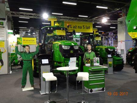 Na co zwrócić uwagę przy wyborze oferty finansowania maszyn rolniczych?