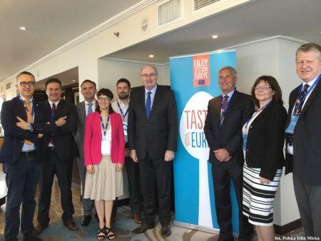Misja Wysokiego Szczebla Komisarza UE ds. Rolnictwa Phila Hogana do Wietnamu, Singapuru i Indonezji