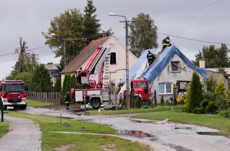 Fot  nr 2   Zniszczenia po nawałnicy na terenie powiatu Sępólno Krajeńskie, fot  Starostwo Powiatowe Sępólno Krajeńskie