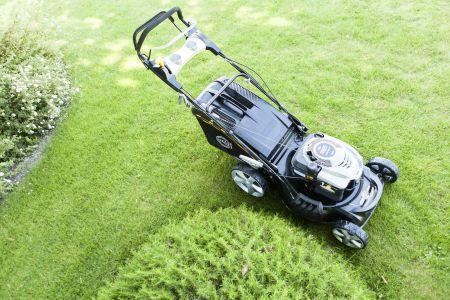 Szukasz skutecznego sprzętu do ogrodu? Sprawdziliśmy opinie o firmie Krysiak