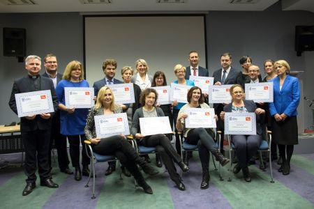 ANWIL docenia prymusów i wspiera kreatywną edukację