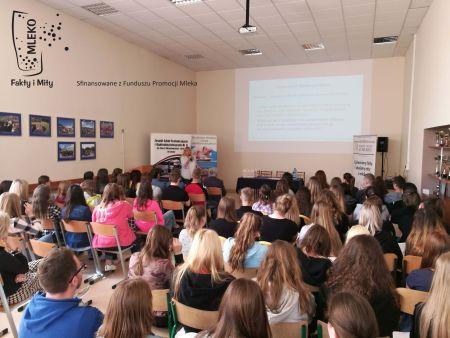 Fakty i mity o mleku – pod takim hasłem odbyło się 10 konferencji w całej Polsce