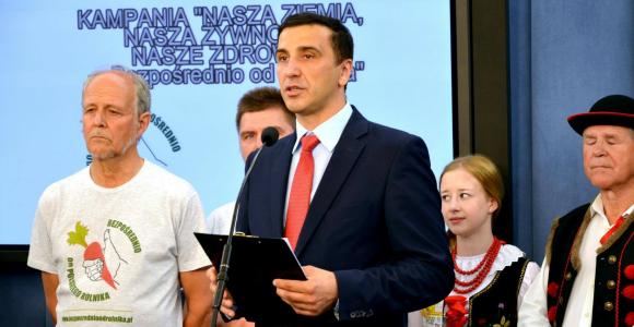 Kukiz '15: ustawa o sprzedaży bezpośredniej nadal blokowana w Sejmie